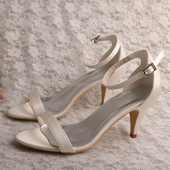 mejor amado 5b070 a7b42 Fiesta Zapatos Bajos Zapatos Sandalias De Tacón - Buy Zapatos De Fiesta De  Tacón Bajo,Sandalias De Tacón Bajo,Zapatos Del Partido Sandalias De Tacón  ...