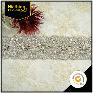 High quality New arrival Dhorse DH-1966 wholesale bling bling decorative rhinestone trimming for wedding dresses NRT033