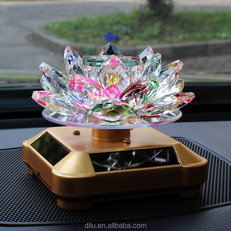 Wholesale Exquisite Pink Crystal Glass Lotus Glass Perfume Bottle for Car Decorations