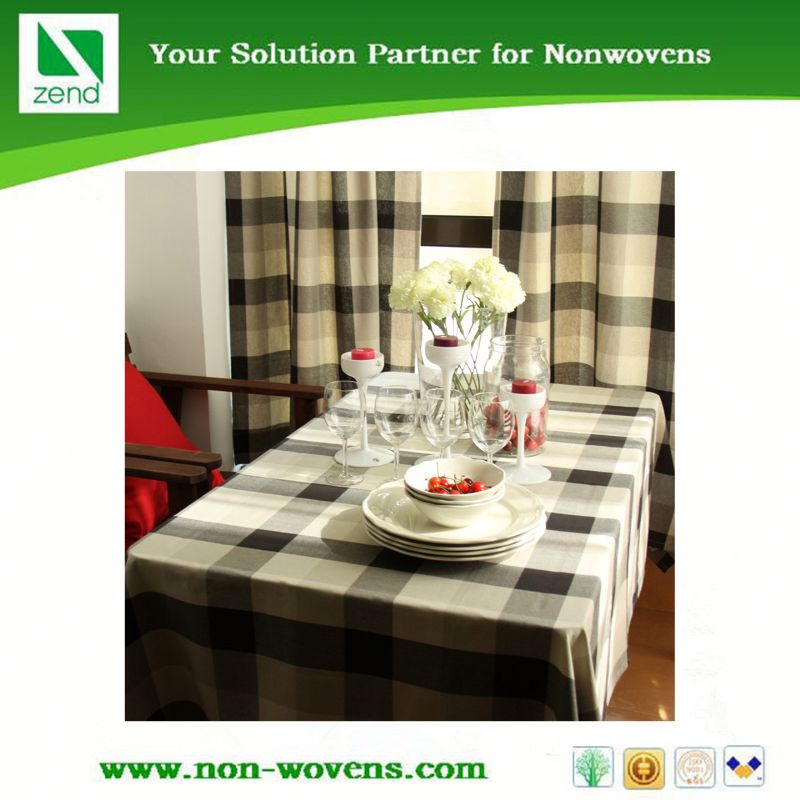 Disposable lace vinyl table cloth in China supplier