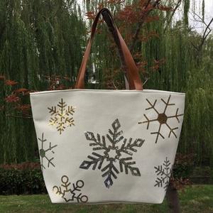 b2b19b4997e1 China Santa Handbags