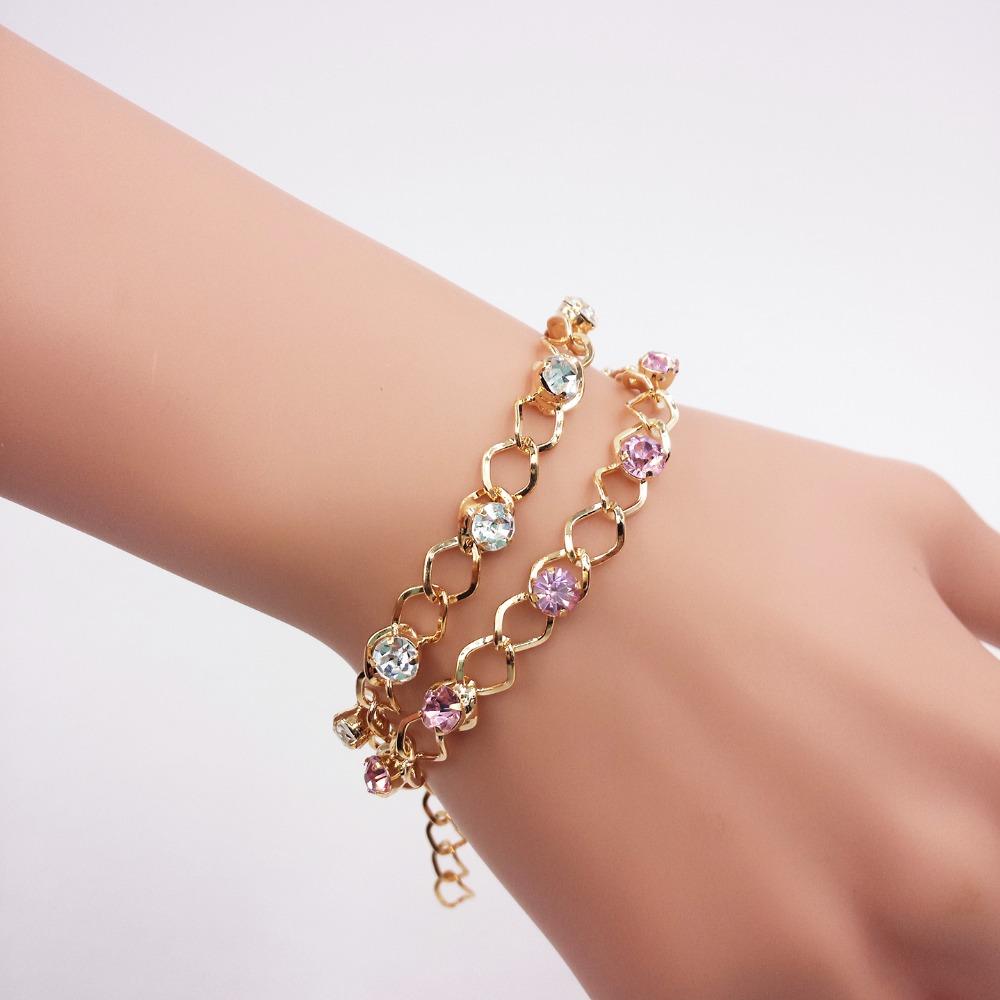 Simple Female Gold Bracelet Designs