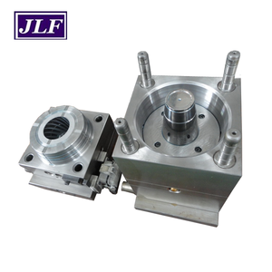 Empty wrile spool and metal wrile plastic injection mould