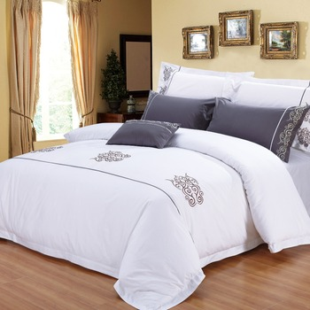 Dubai King Size Satin Hotel Bedding Set Embroidery Hotel Bed Sheet Set
