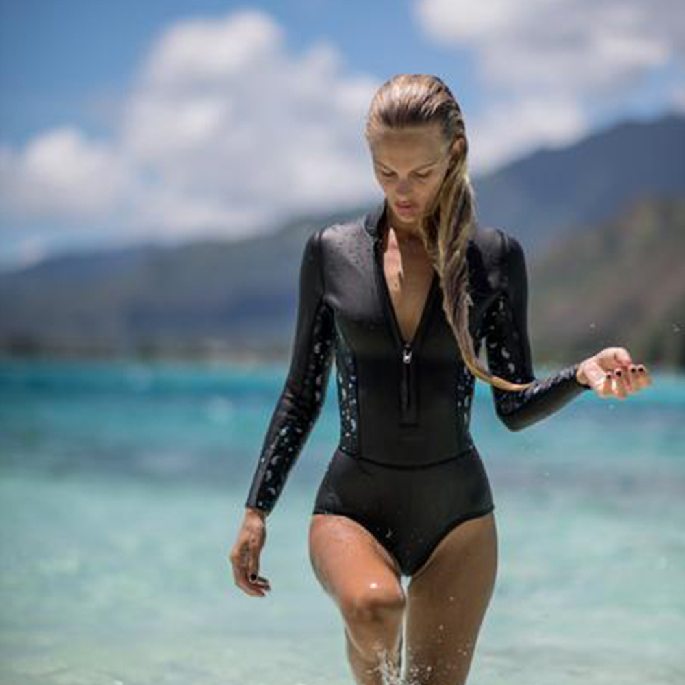 sexy-wetsuit-babes