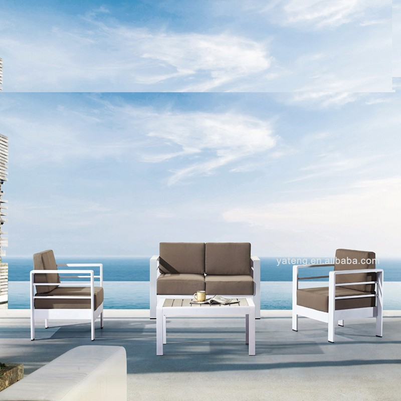 Affordable garden sectional sofa used terrance outdoor for Affordable garden services