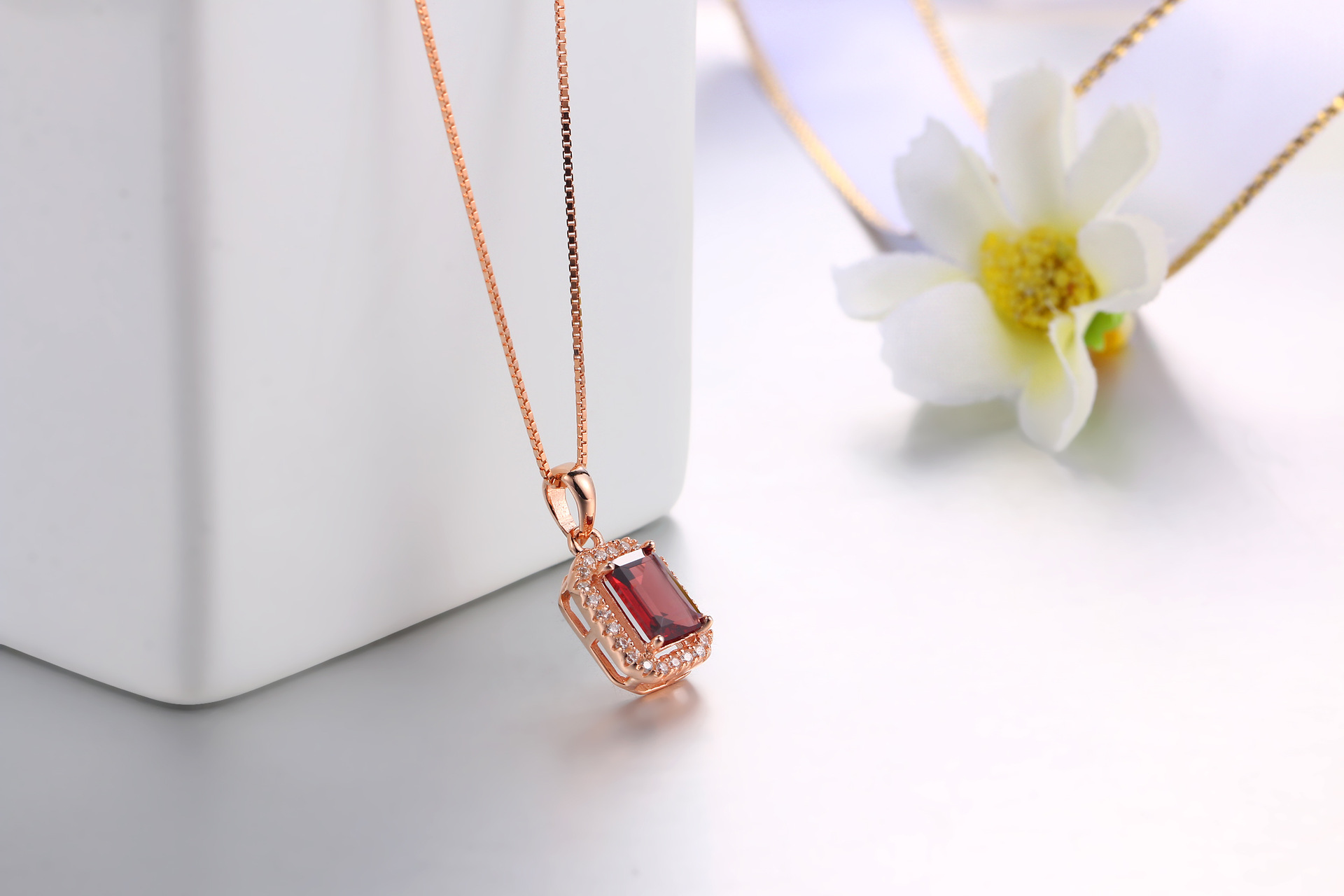 Indian style jewelry square garnet gemstone necklace