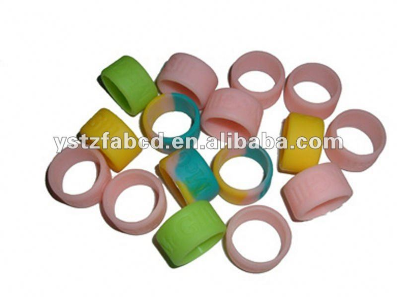 Colorful Fashion Silicone Finger Ring for Lovers