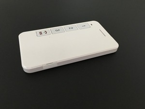 User friendly White GPS student position Tracker with sos numbers Human tracking device GK309