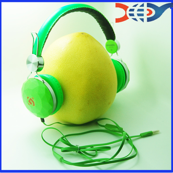 Newest aec headphone bluetooth