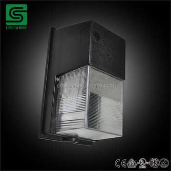 Colshine Waterproof Dusk To Dawn Integrated Outdoor Led Wall Pack Light Bulb Product