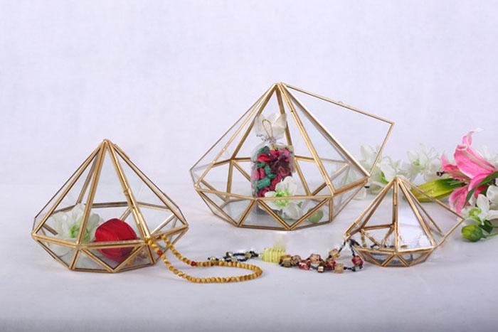 Indoor gardening handmade geometric glass terrarium for modern planter 9