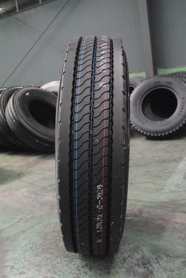 Cheap Heavy Duty Trailer Tires 315 80r22 5 Goodyear Top