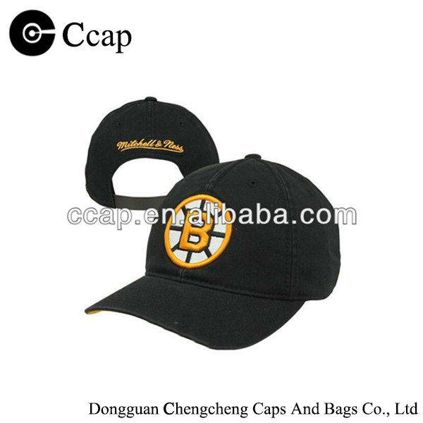 100% cotton 6-panel black baseball cap sport cap with golden embroidery