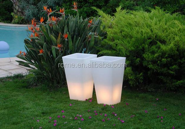 Bloempot Met Licht : Pe plastic omhulsel solar led bloempot licht buy pe solar led