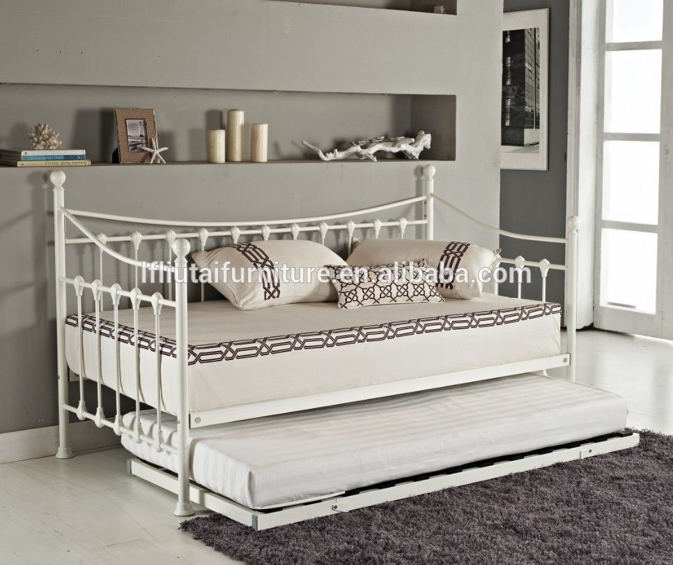 Modern metal divan bed 2017 latest fashion metal divan bed for Cheap divan beds