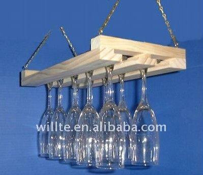 Porte verre de vin suspendus support d 39 affichage id de - Porte verre suspendu bar ...
