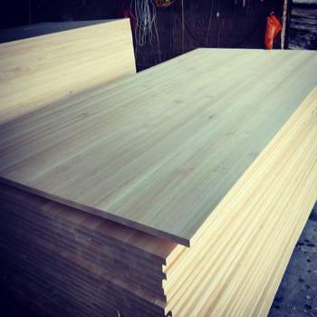 High Quality Solid Pine Board Pine Lumber Solid Timber From New Zealand