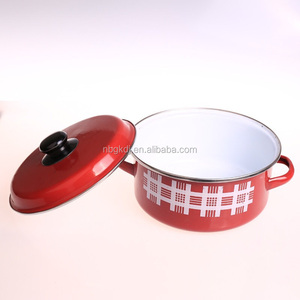 custom enamel casserole pot & red cheap pot Chinese enamelware