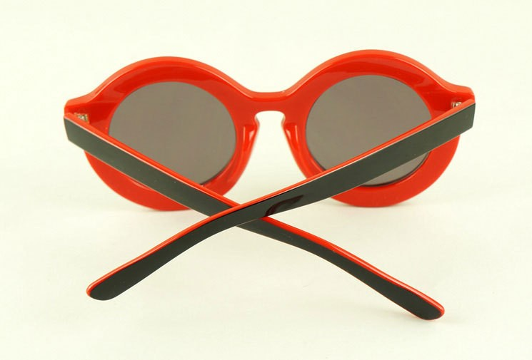 9623d866d8803 Retro lovely cute round sunglasses with laser etching letters on frame