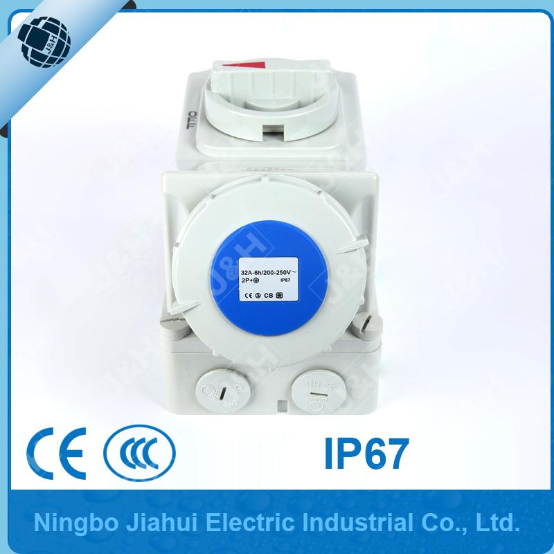250V Waterproof IP67 16A Socket Interlock 2P+E 3 Pin Isolator Switch 200V