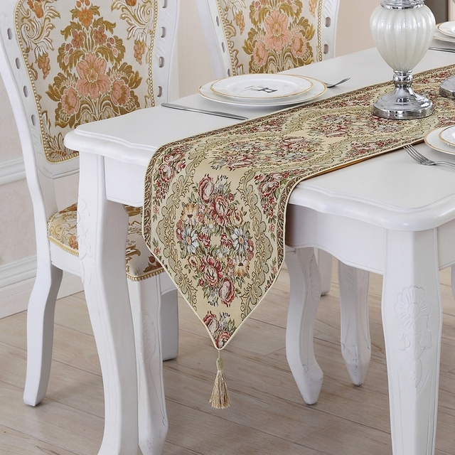 Wedding Table Runners Home Party Decoration Flowers Plants Embroidered Elegant  Table Runner