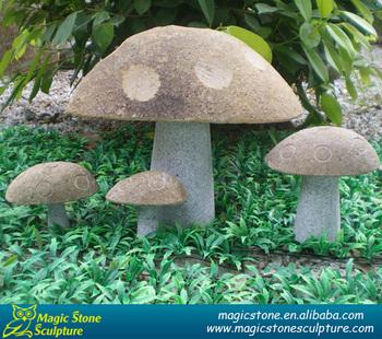 Superbe Decorative Garden Ornaments Of Stone Mushrooms