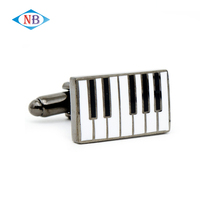 Hot selling cheap silver cufflink for souvennir
