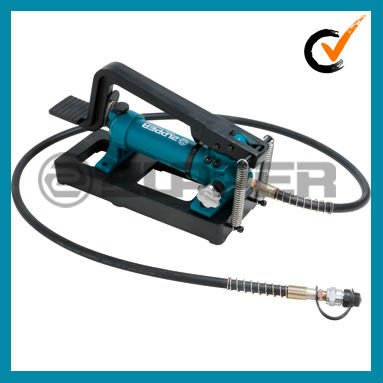CFP-800 Hydraulic Pump to drive crimping head, cutting head and punching head