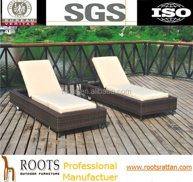 3-Piece Outdoor Patio Synthetic Rattan Wicker Chaise Lounge Chair Set with Side Table
