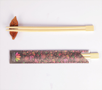 Hot sale high quality and cheap disposable bamboo chopsticks in individual packages, sanitary 1/2 paper packed chopsticks bamboo