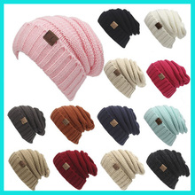 Wholesale Multi Color OEM Customized 100% AcylicSlouchy Beanie Hat No Minimum custom cuff knitted beanie hat With Leather Patch