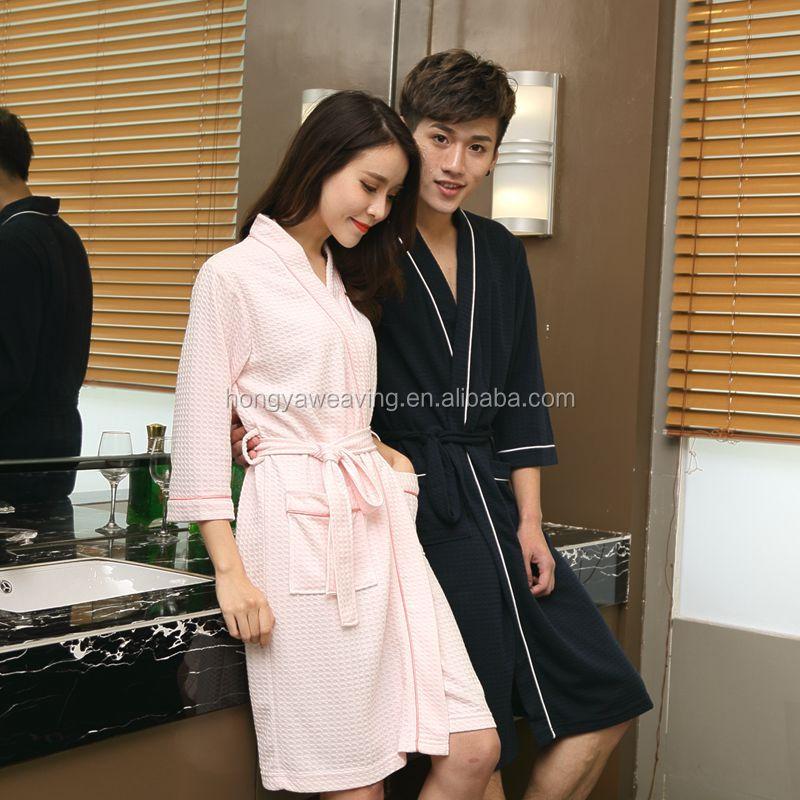 Modern design high quality 100% cotton waffle men and women hotel bathrobe