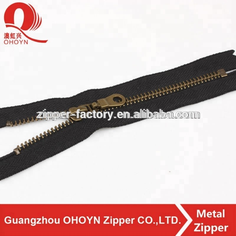 Factory wholesale high quality custom size designer NO.8 bronze plating metal zipper roll with black tape for bag