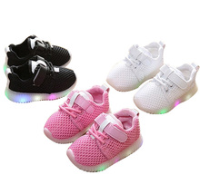 Hot Sale Cheap Sports Soft Sole LED Breathable Glitter Newborn Baby Shoes