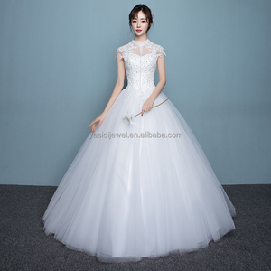 2017 Luxury white strap ball gown floor length girl wedding dress with crystal and bead