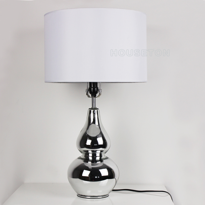 Hot sale classic hotel bedroom decor beige fabric shade table lamp