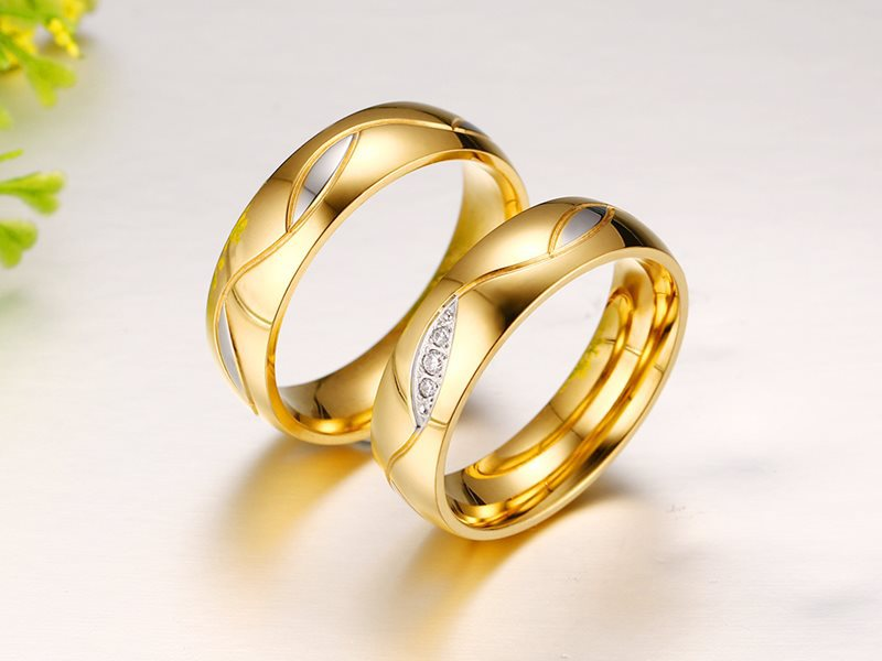 2017 New Micro inlaid Zircon Couple Lover Rings For Women And Men
