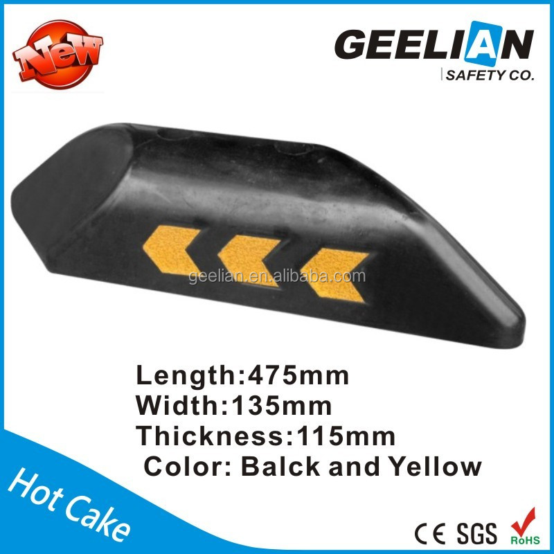 Ali baba Low Price Road Safety Rubber Traffic Lane Separator For Road Divider