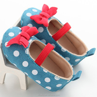 White Polka Dots Crib Shoes Soft Red Bow Handmade Baby Shoes