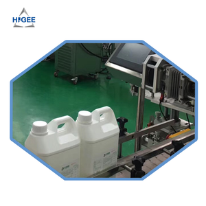 Liquid soap filling machine and sealing machine body spray lotion glass bottle clean shampoo packaging machine