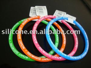 Silicon o ring bracelet with sticker / charms