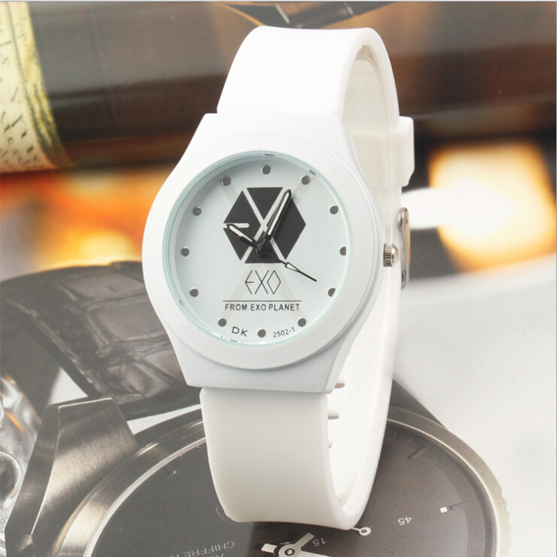2015 Relogio Feminino Dourado Casual Silicone Women Watches EXO Quartz Sports Kids Clock Male Reloj De Mujer w012