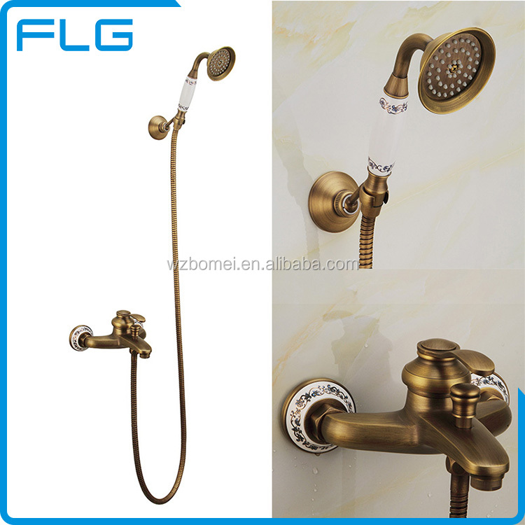 Accesorios de ba o antiguo conjunto de ducha de color for Conjunto accesorios para bano