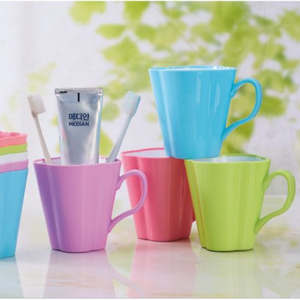 Plastic PP Round Mouth Wash Cup with handle for Tooth Brush