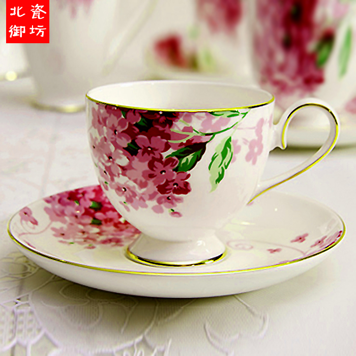 180 ml fine bone china tasses caf avec soucoupe et cuill re floral porcelaine en c ramique. Black Bedroom Furniture Sets. Home Design Ideas
