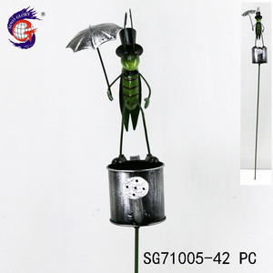 Competitive price customizable iron insect on kettle garden stake