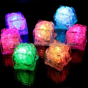 2017 new LED ice cubes plastic ice cubes