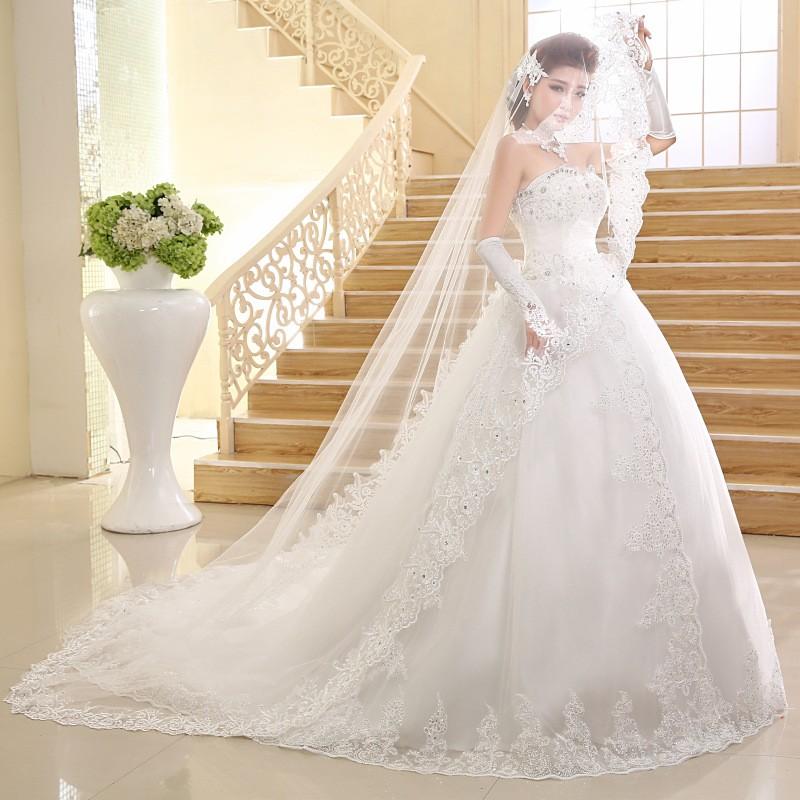 Vestidos de novia con cola larga