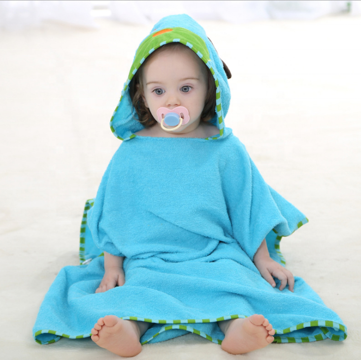 Safe material Cartoon 100% Cotton Hooded Baby Towel